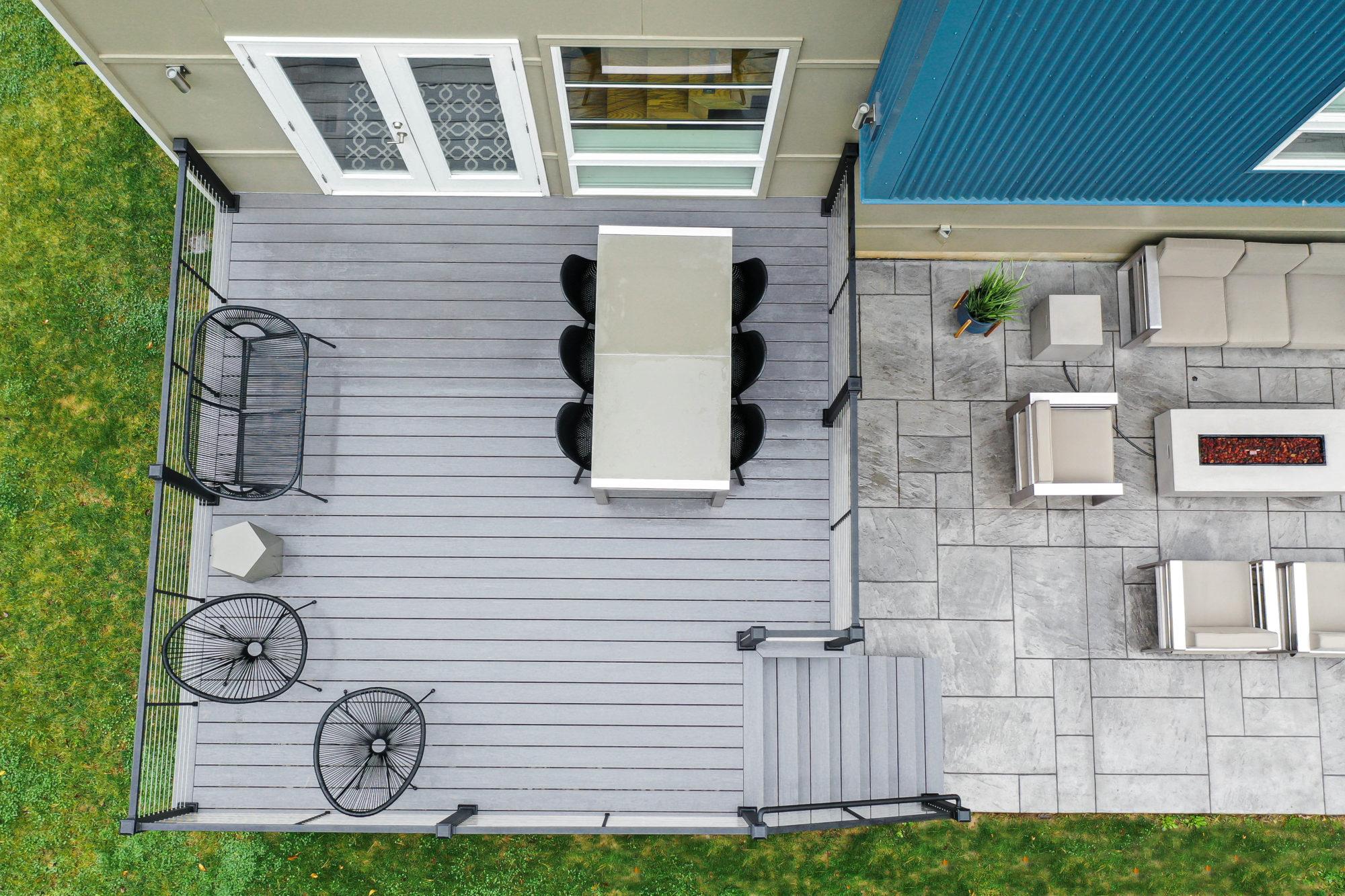Azek deck with Aluminum Railing