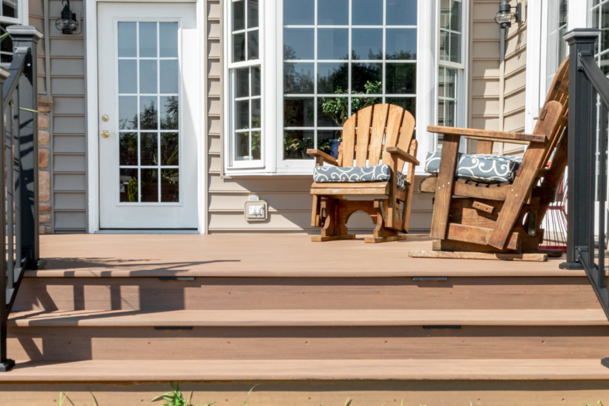 Deck with built in bench