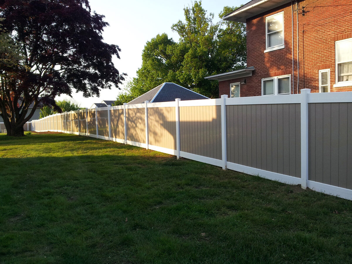white and khaki two-tone privacy fence