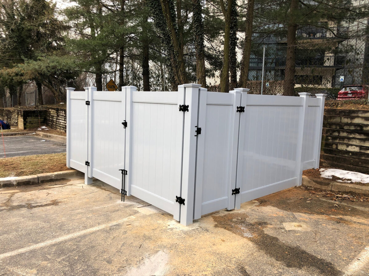 vinyl privacy trash enclosure fence