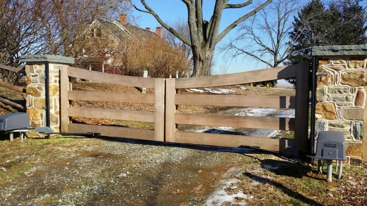wood rail driveway gate